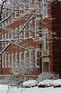 academic building snow 2005.jpg