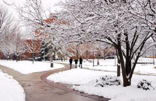 students snow 2005.jpg