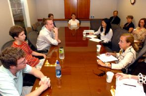 Pres Search Students July 10 2007.jpg