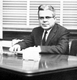 Dean Robert Farber 1960 Mirage.jpg