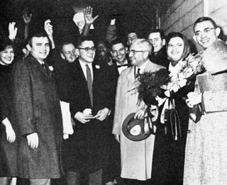1962 College Bowl Indy Airport.jpg