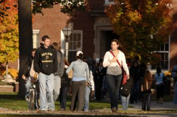 Students Walk Fall 2007.jpg