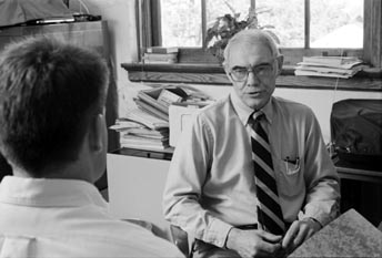 Bob Newton with Student 1989.jpg