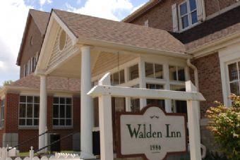 Walden Inn 2007.jpg