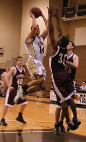 Drew Wills vs Trinity BG Jan 2009.jpg