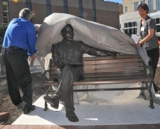 Max Ehrmann Statue Unveiled 2010 thts.jpg